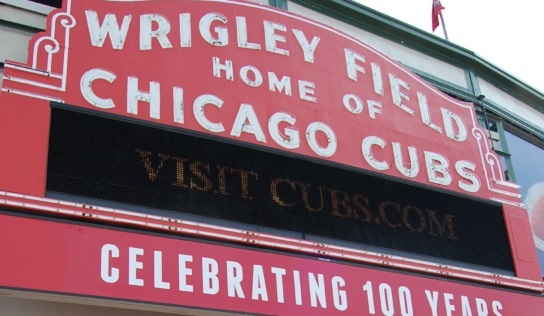 Wrigley Field with Toddler and Baby #MurphysDoChicago