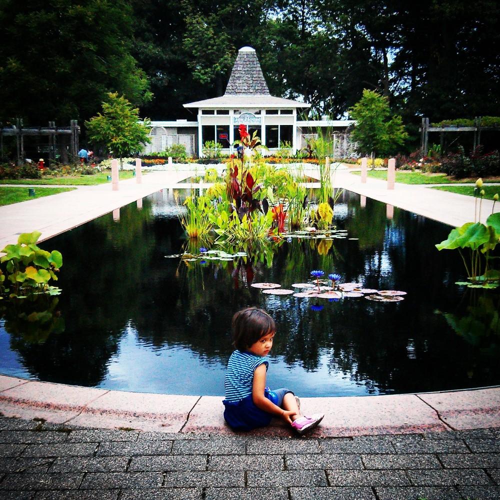 royal botanical garden with baby