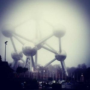 atomium with kids. travel with young kids, baby in brussels