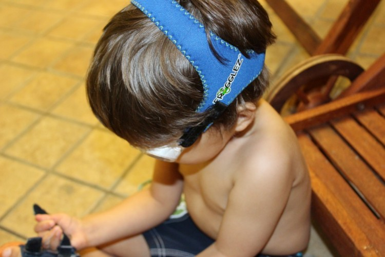swimming goggles for kids, frogglez