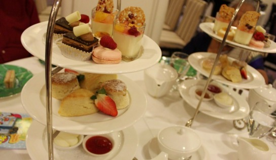 Afternoon Tea : A Family Affair