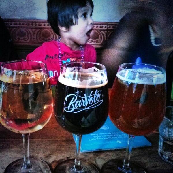 Kids at Bar Volo