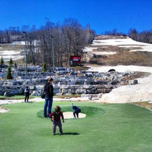 what to do at blue mountain with baby