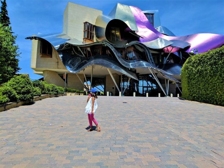 how to visit marquis de riscal hotel