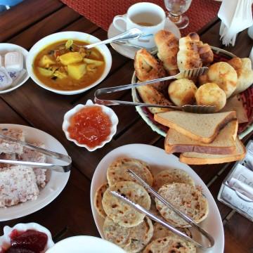 sri lankans eat