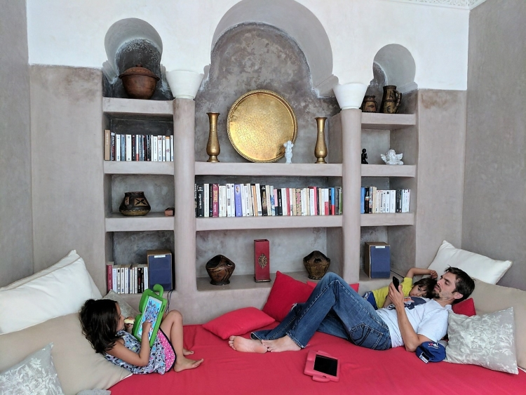where to stay in Marrakesh medina with kids