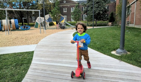 Fashion Friday | Toronto Playground Hangouts