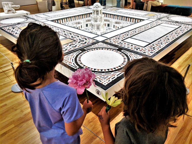 What is there to do in the Aga Khan Museum Toronto with kids