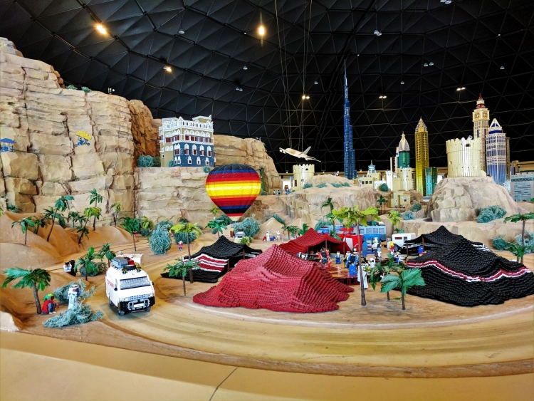 Legoland Dubai with kids. What to do in Dubai Parks. Best tips for Dubai PArks