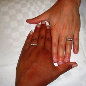 Raising Biracial Kids : What Colour Am I?