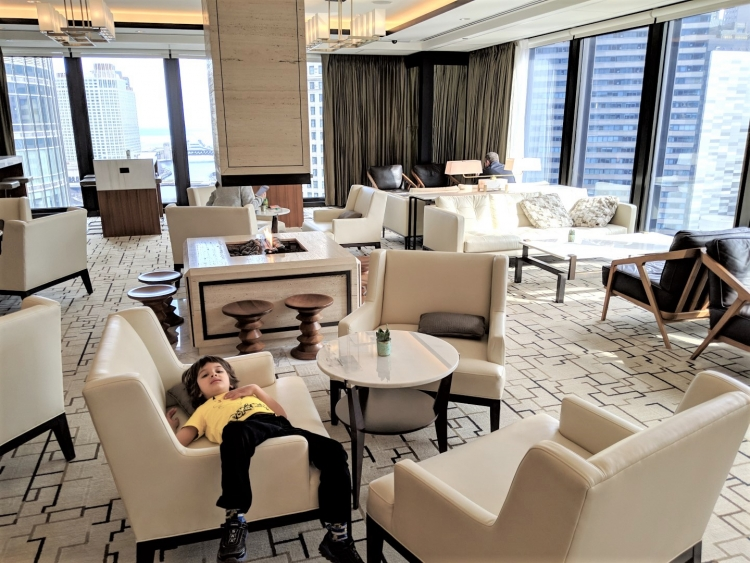 Langham Chicago with kids, Langham chicago club lounge