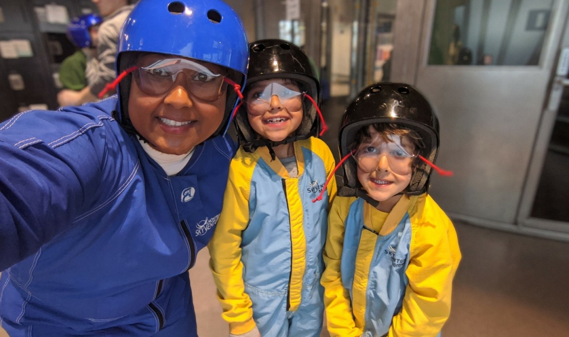 Skyventures laval flying with kids