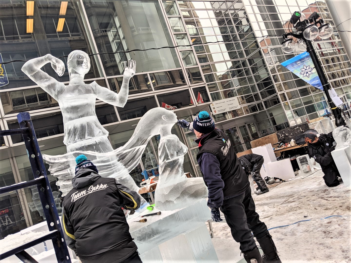 Things to do at Winterlude ice carving with kids