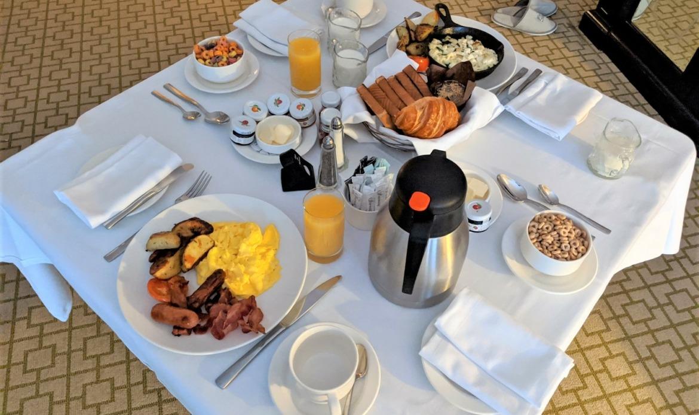 breakfast in bed in Ottawa