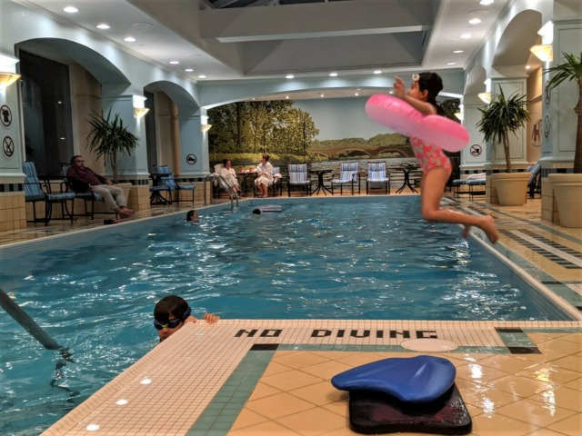 hot tub hotel Toronto