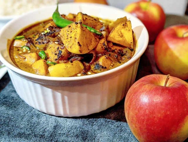 Sri Lankan Apple curry