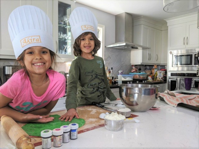 Cooking rainbow bagels with kids