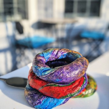 Easy Rainbow Bagels