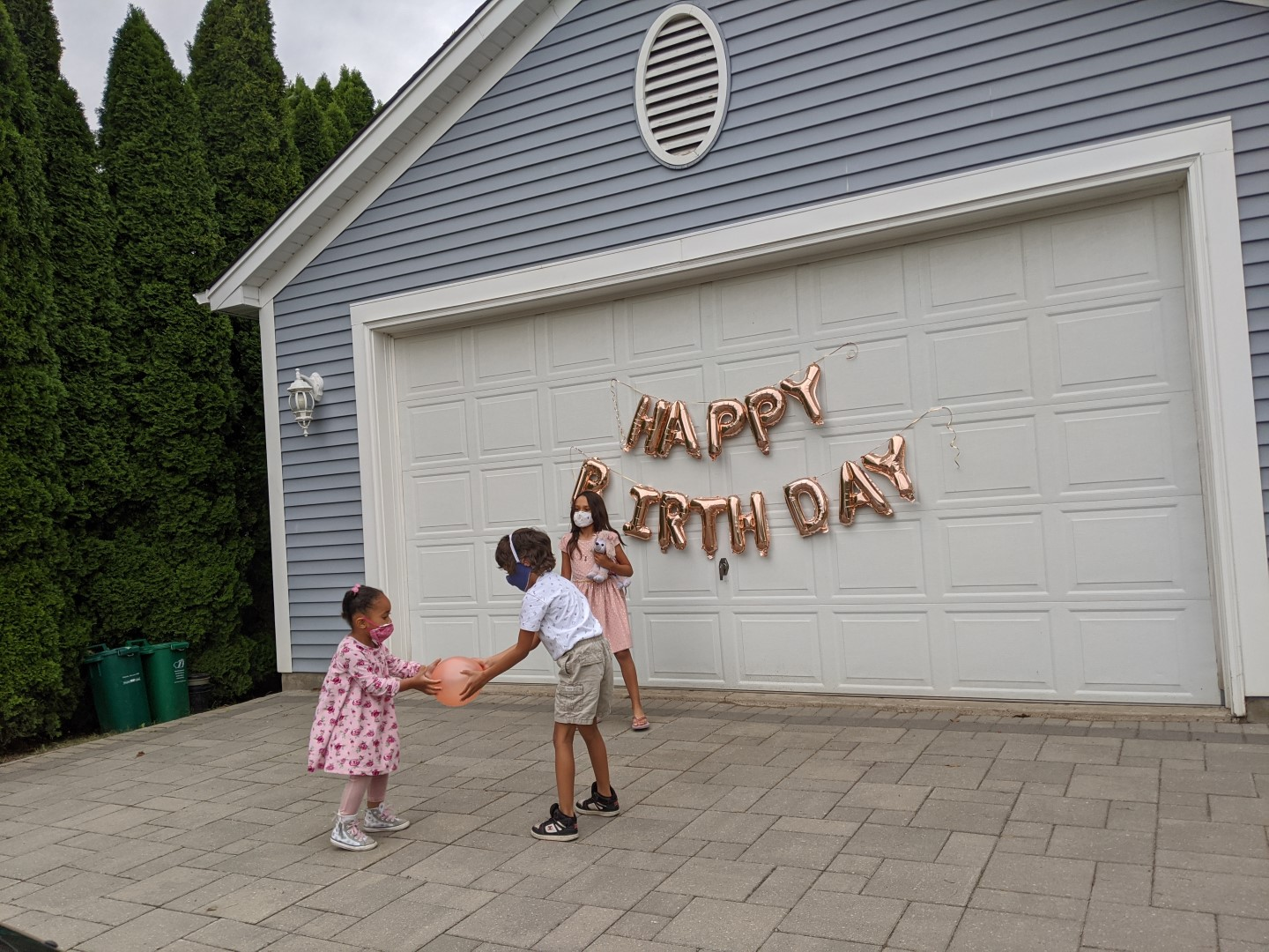 kids playing at birthday party during COVID