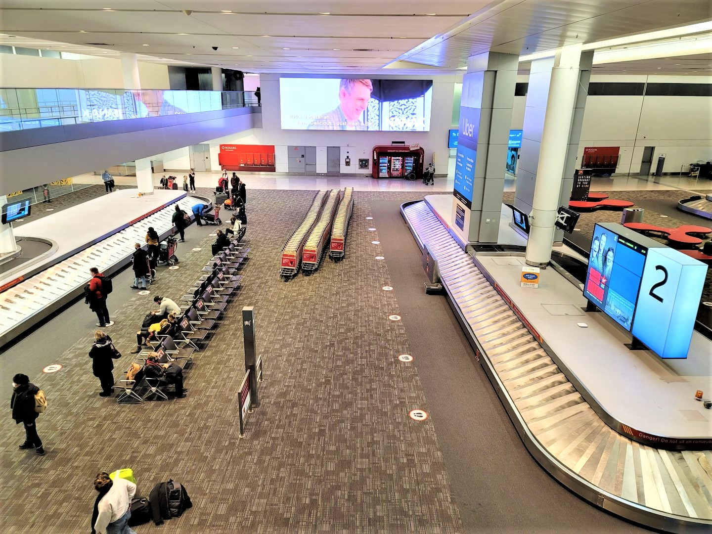 baggage carousel at Toronto pearson airport during COVID