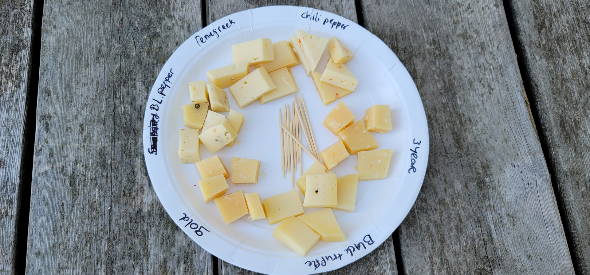 cheese tasting plate at Mountain Oak