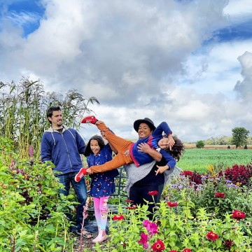 Farm Experiences in Perth County with Kids